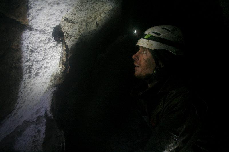 Marcin, Rackfall Cave, Memekay, Vancouver Island Photo: Jannu Casanova