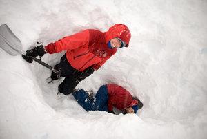 Sophia and Sarah at Winter Longhike