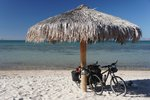 La Paz! Reaching the ocean again and a modern city after hundreds of kilometers of desert...