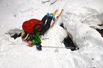 Eva learns to Telemark. Photo: Ran Zhang