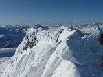 False summit of Kumkan