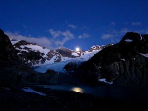 Moonrise over the Wedge Glacier. Photo: Klara Steklova.