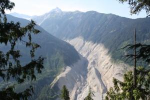 Mount Meager landslide 01