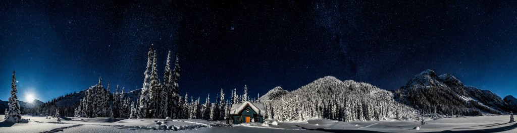 Phelix hut on a cold and clear night during the New Years Eve 2016 trip. Photo by Nathan Starzynski