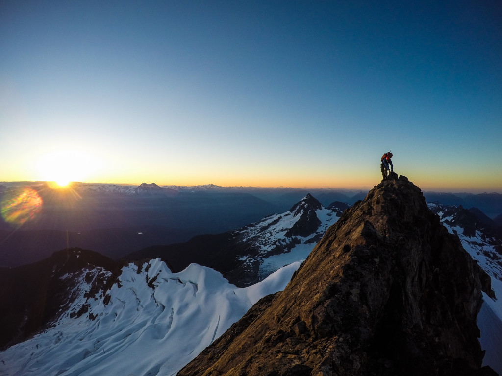Kevin traversing the exposed ridge leading to Dione and Tantalus. Photo: Matteo Agnoloni