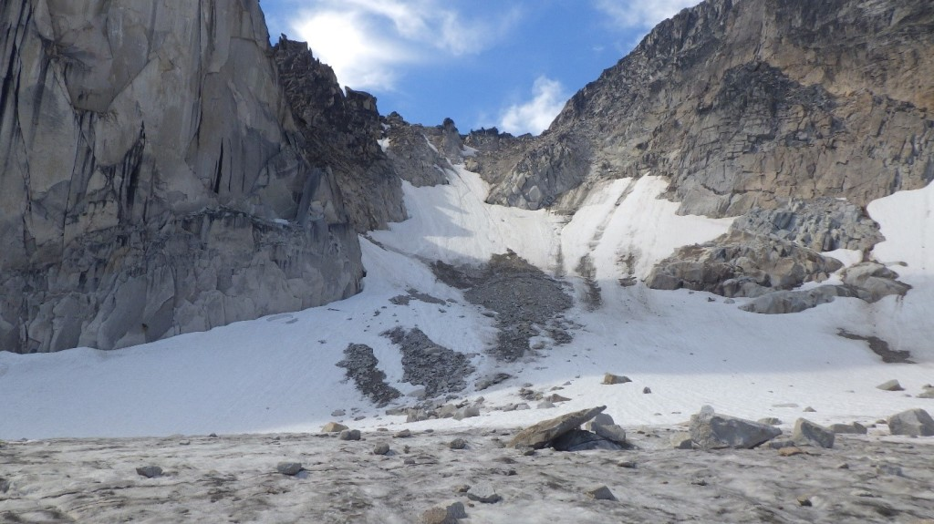 The Snowpatch-Bugaboo Col on August 21, 2016. Not ideal conditions. Photo by: Cora Skaien.