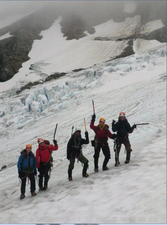 G2 Participants: Andrew, Elliott, Alberto, Caitlin and Matt; Julien is taking the photo.
