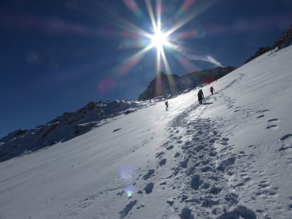 Marching up to the Aneto´s summit