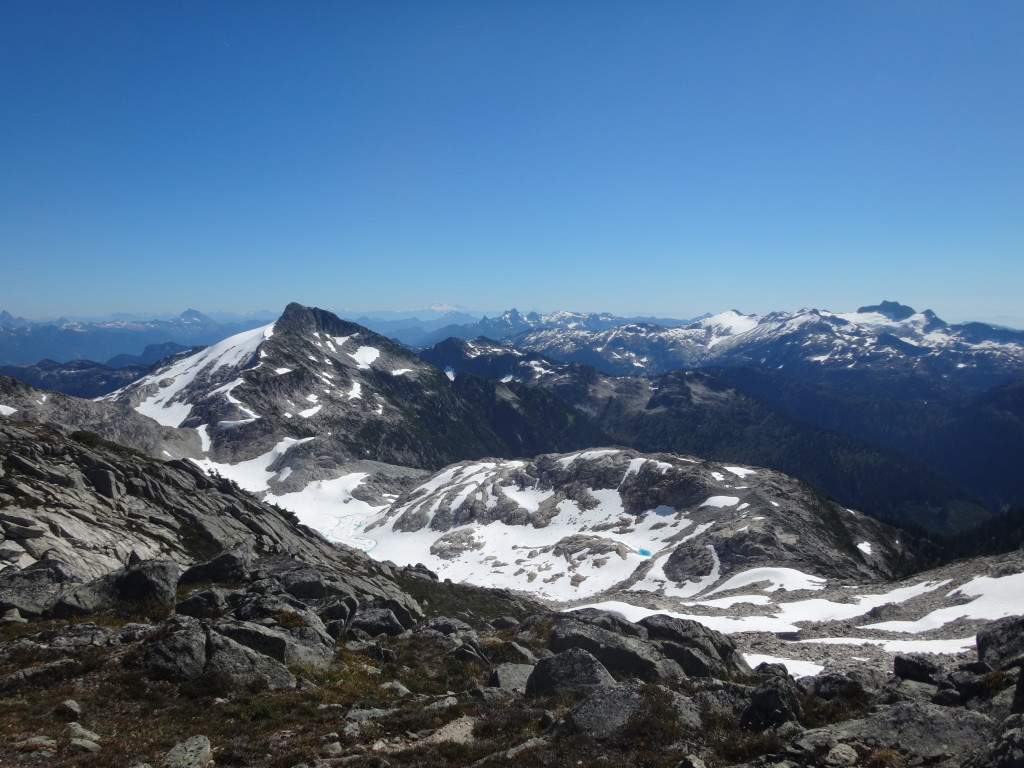 Our intended route along the ridge from Pinecone Peak; instead, we descended right, to Novembre Lake