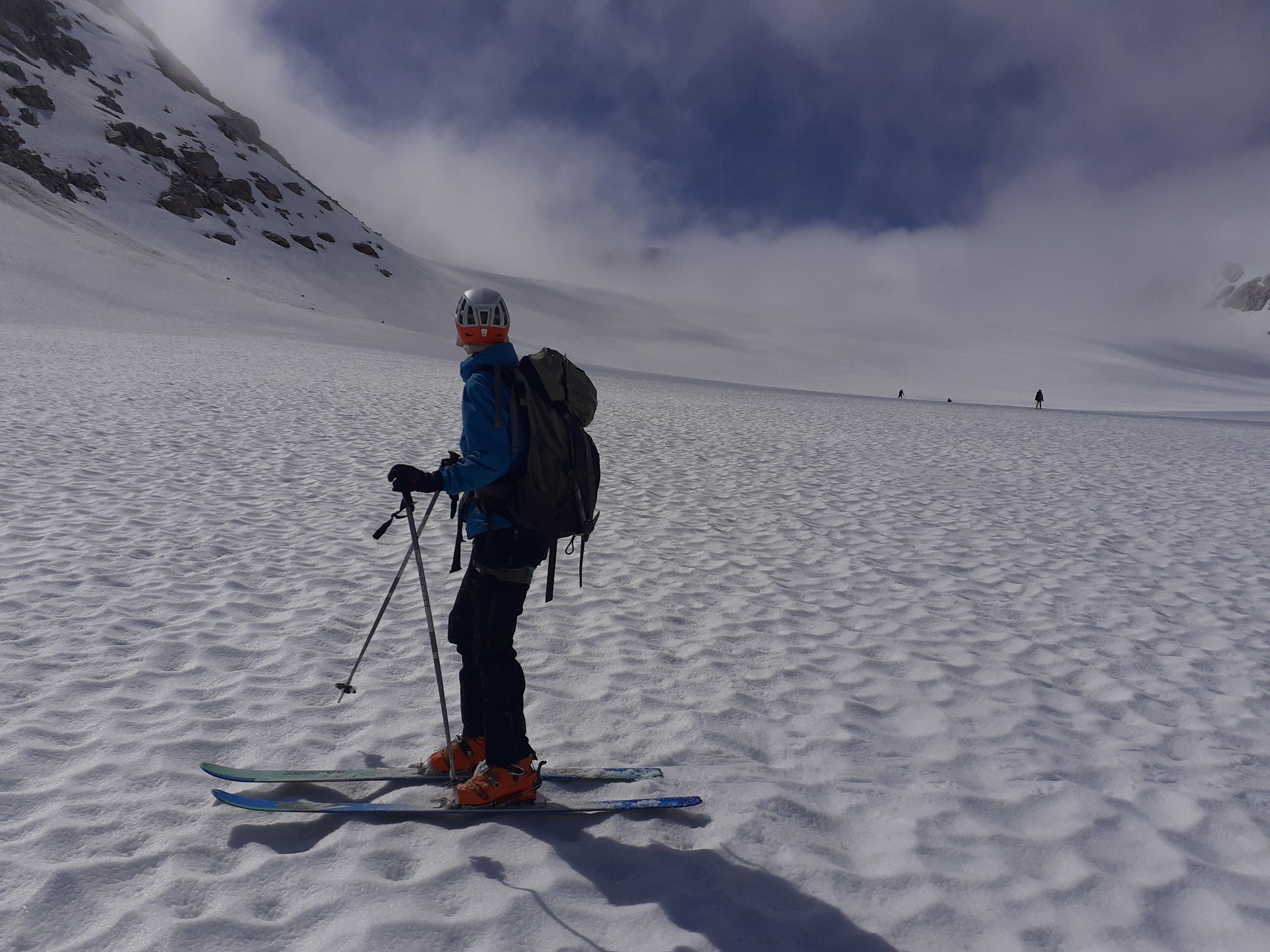 Good skiing on the glacier.