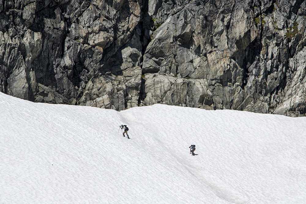 This snowfield looked pretty steep, and seemingly ended abruptly in some cliffs.